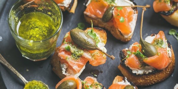 Salmon Cracker Appetizers